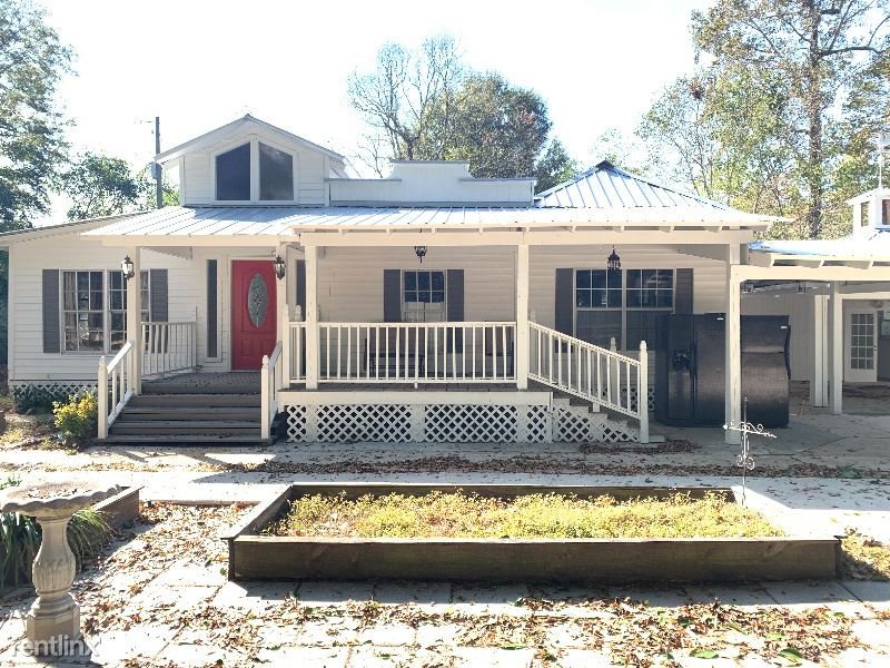 18819 Greenwell Springs Rd A, Greenwell Springs, LA - $1,400