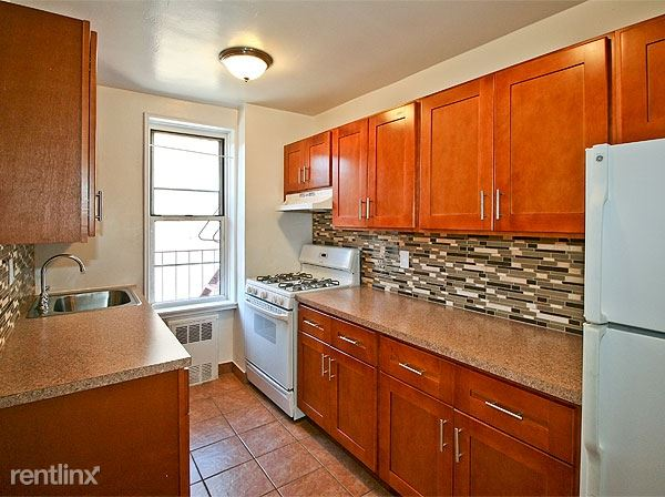 84th Drive, Brairwood, NY - $1,850