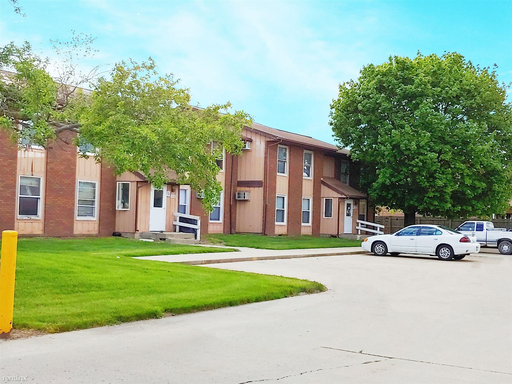 2305 Railsplitter Ave, Lincoln, IL - $550 USD/ month
