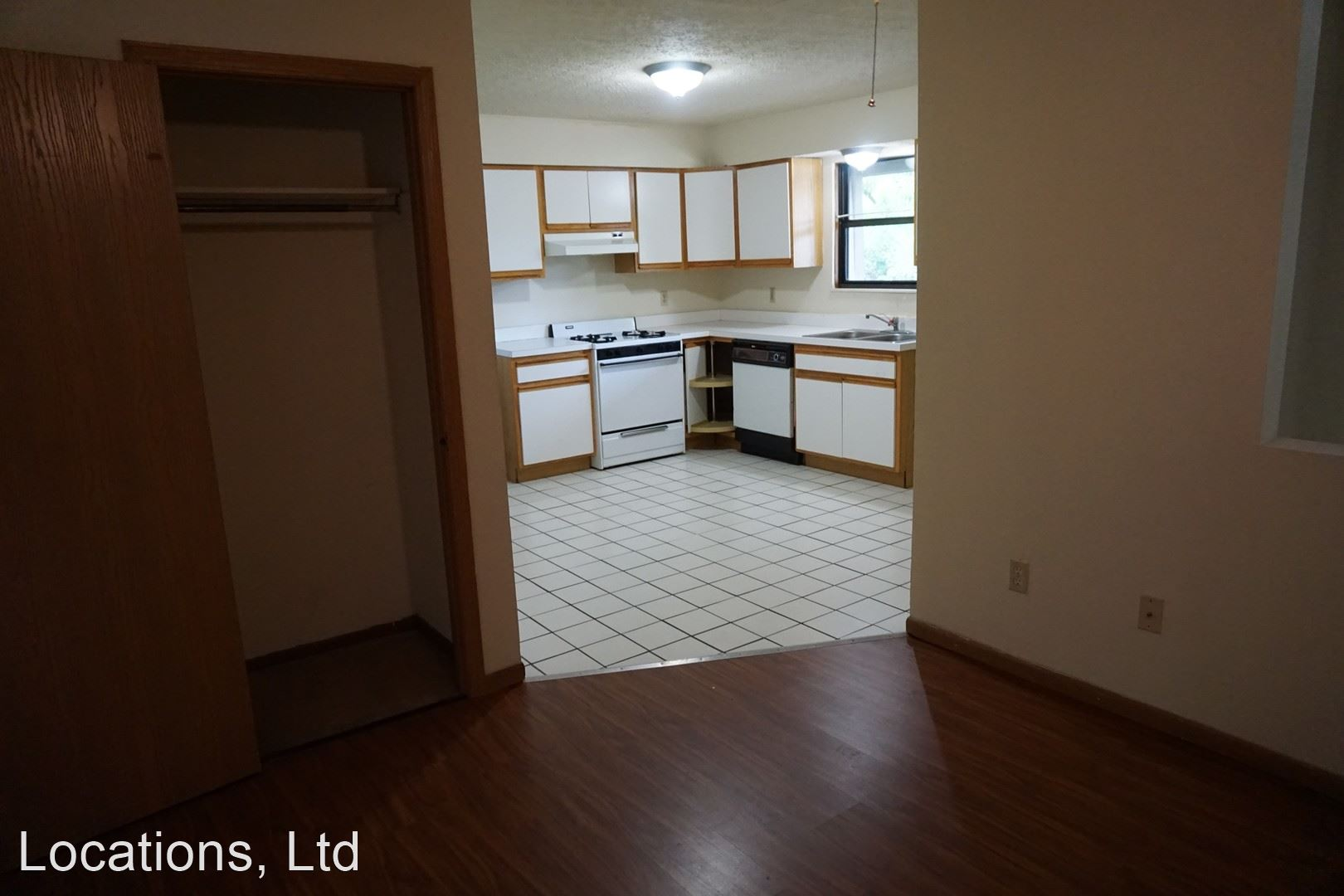 72 Chittenden Avenue, Columbus, OH - $2,000 USD/ month