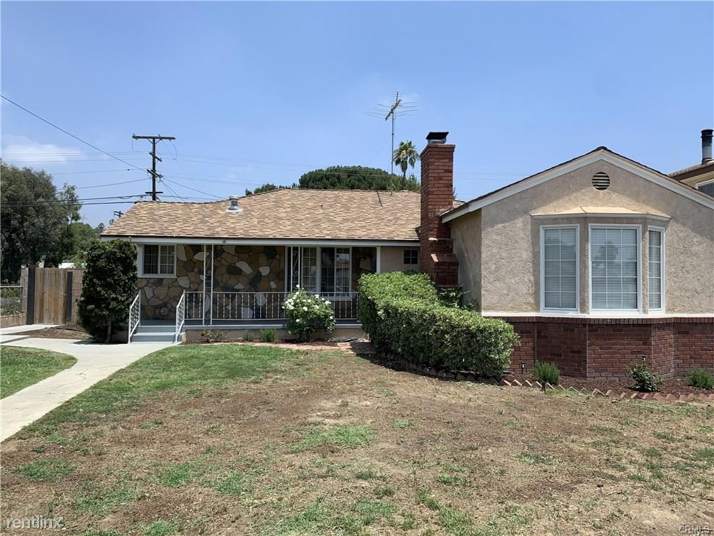 9888 Wealtha Ave, Sun Valley, CA - $3,250
