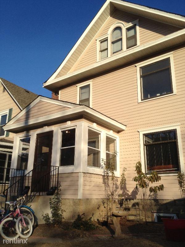 1523/25 Elliot Ave S. 1523, Minneapolis, MN - $2,195
