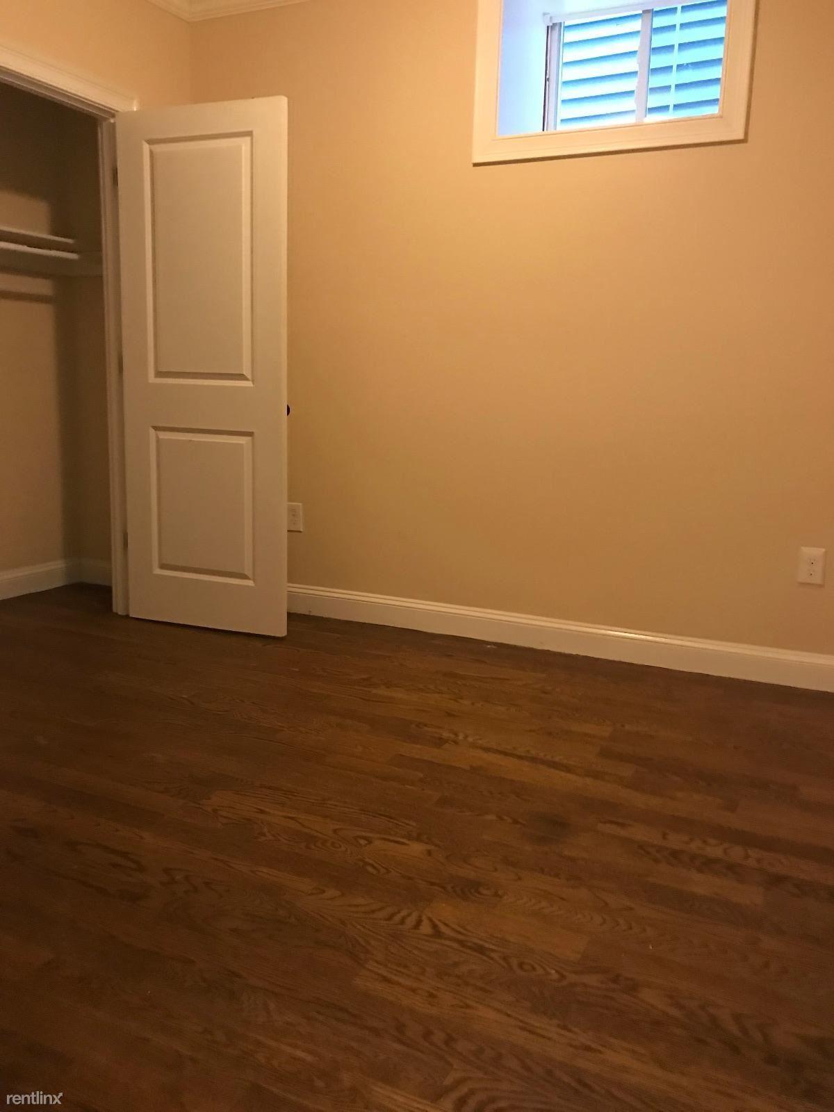24 Willis St Apt 1, Dorchester, MA - $3,550