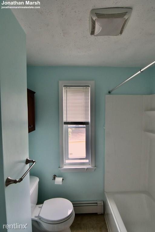30 Newport St Apt 3, Dorchester, MA - $3,400