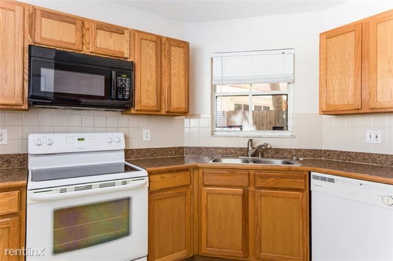 6276 Seminole Ter, Margate, FL - $2,205
