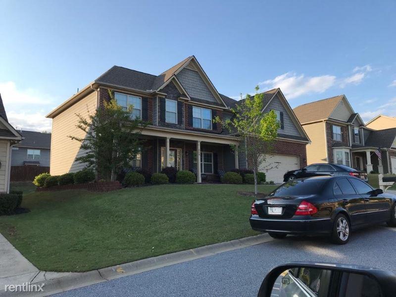213 Raven Falls Ln, Simpsonville, SC - $2,650
