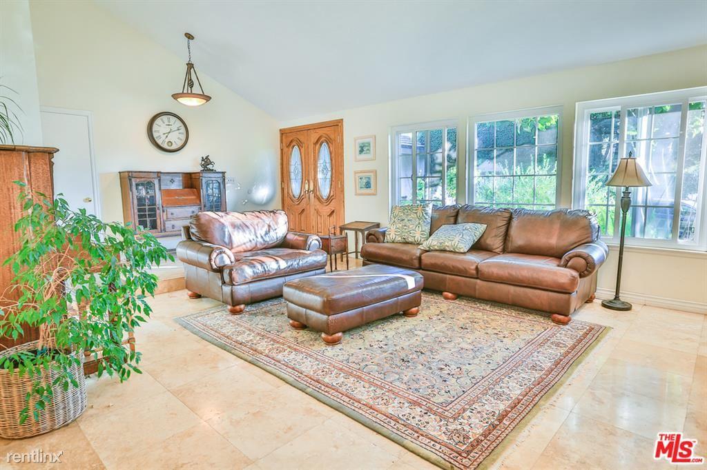 146 Greenmeadow Ave, Newbury Park, CA - $3,950