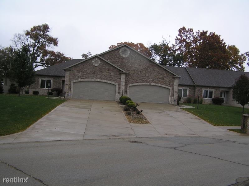 212 Haines Dr, Elkhart, IN - $1,400