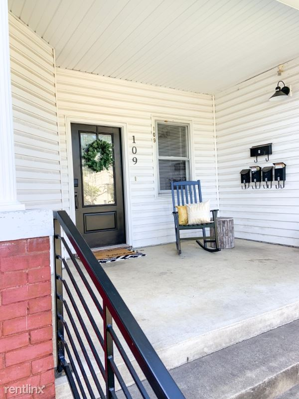 109 W. Maple Street 2, Johnson City, TN - $600