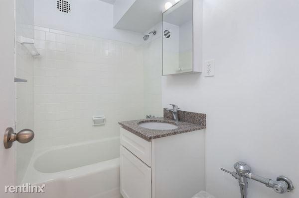 9604 57th Ave # PAR16H, Corona, NY - $1,937