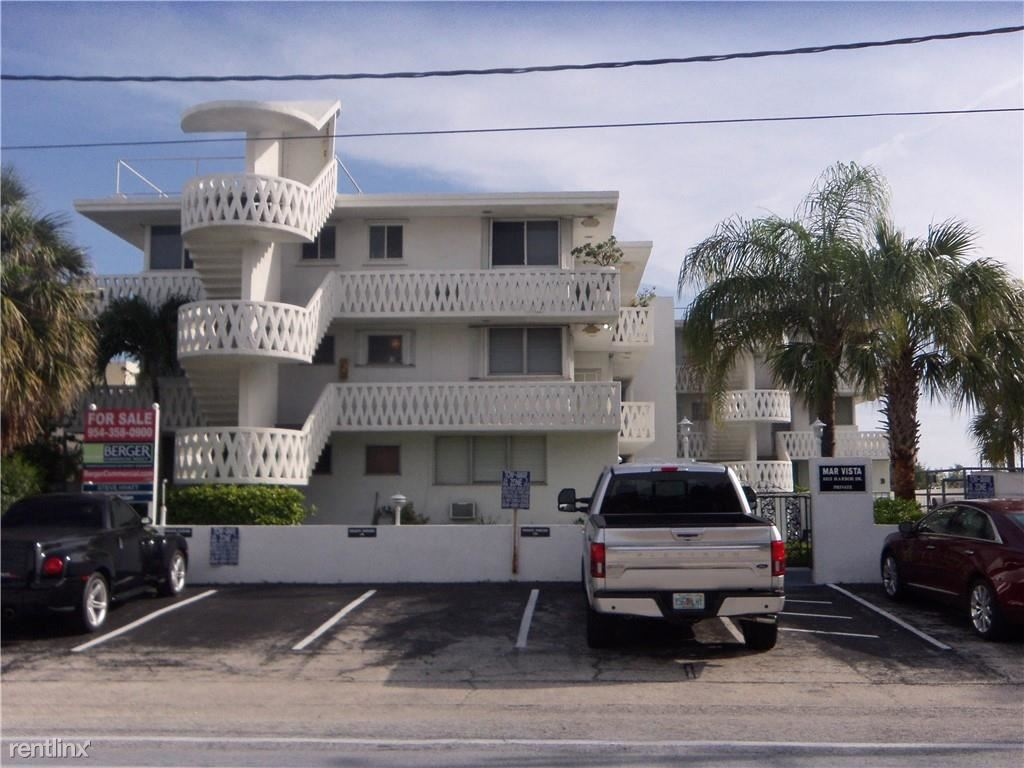 3013 Harbor Dr Apt 4B, Fort Lauderdale, FL - $1,850