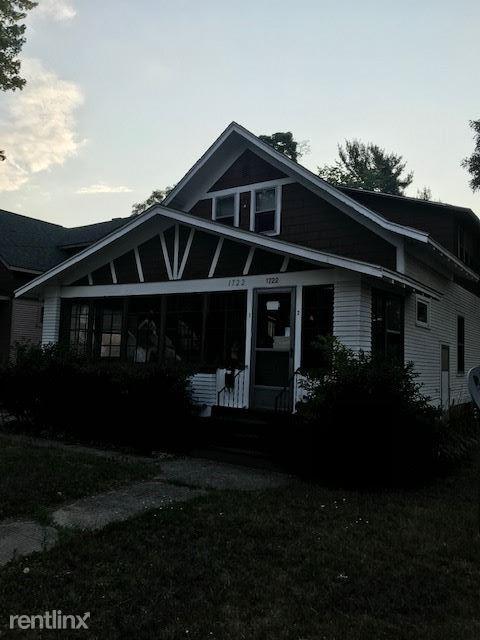 1722 Terrace St, Muskegon, MI - $550