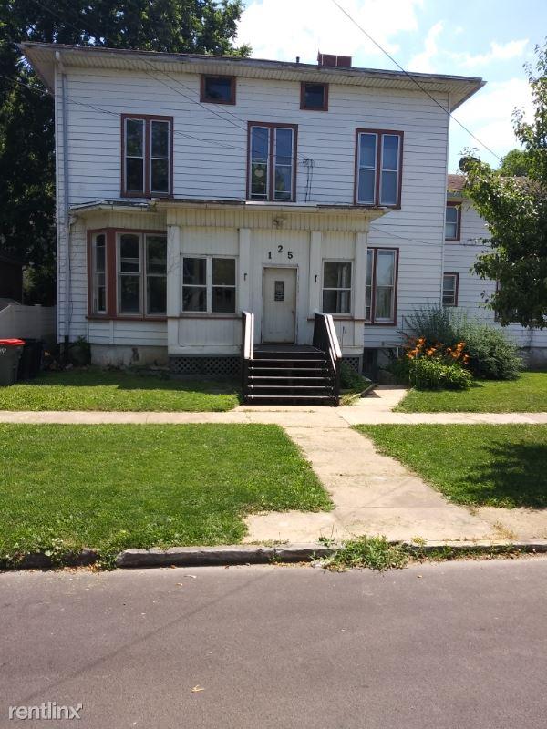 125 E LaFayette St. #4, Ottawa, IL - $500
