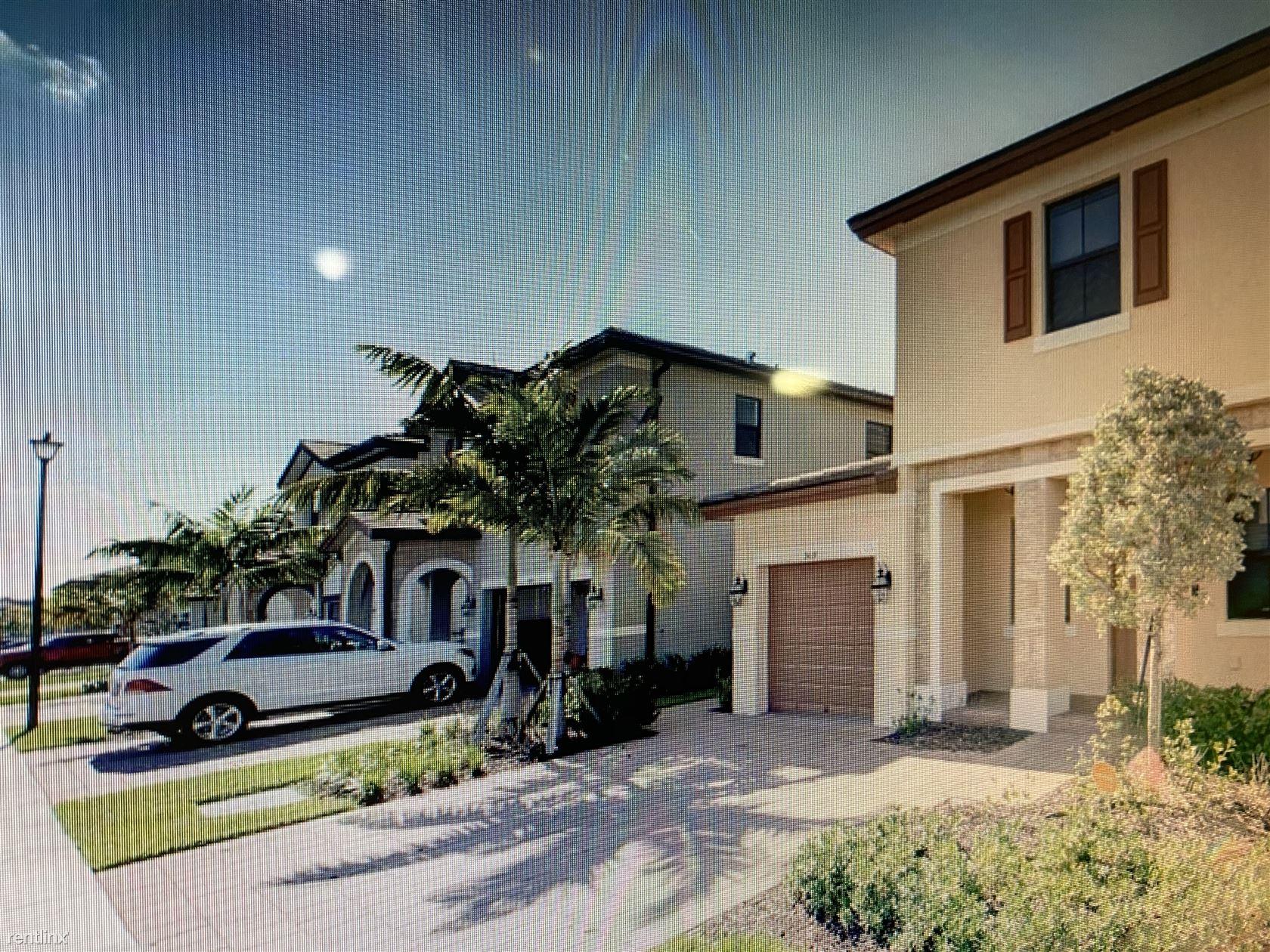 3419 W 100th Ter, Hialeah, FL - $3,950