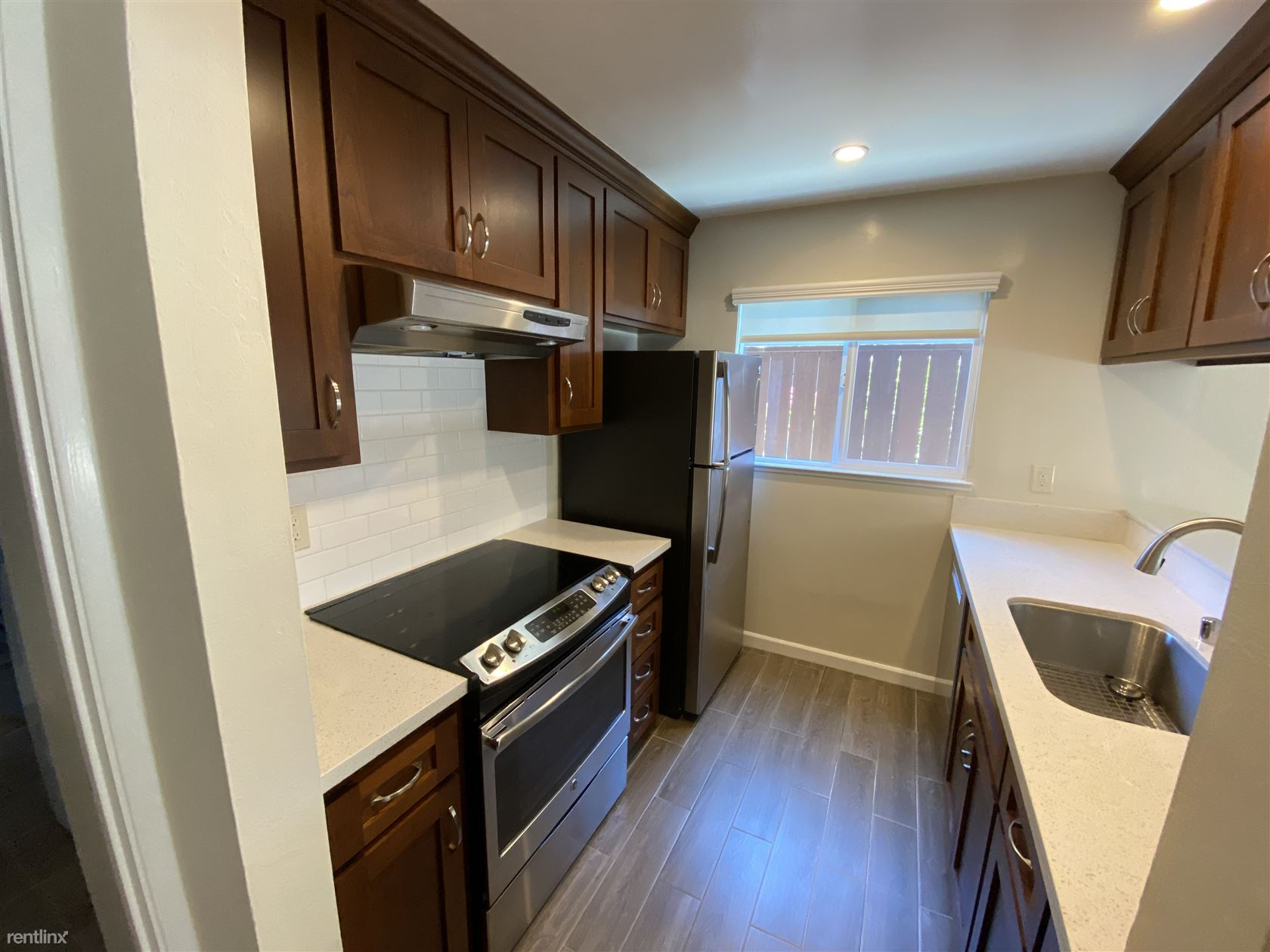 105 London Ct, San Bruno, CA - $3,250