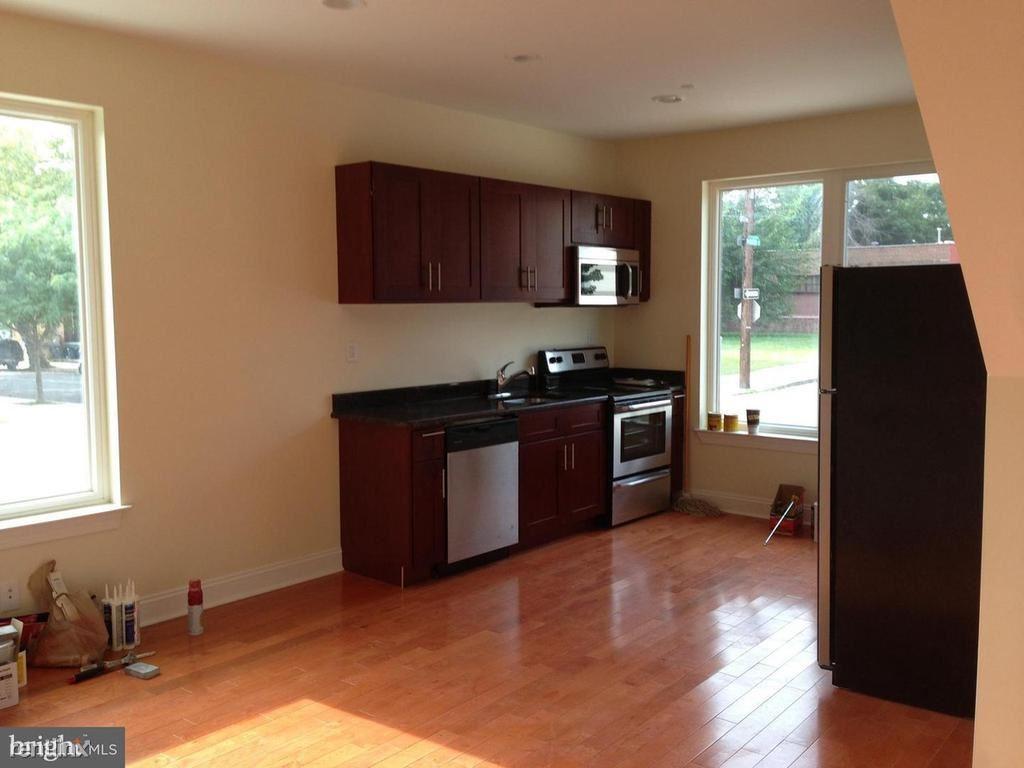 4052 Baring St Unit A, Philadelphia, PA - $2,555