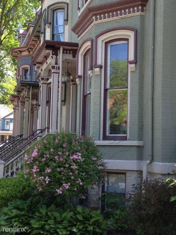 160 Circular Street, Saratoga Springs, NY - $1,595