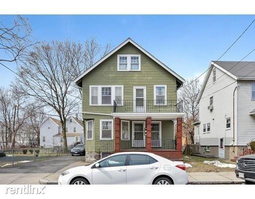 35 Manning St # 2, Roslindale, MA - $3,000