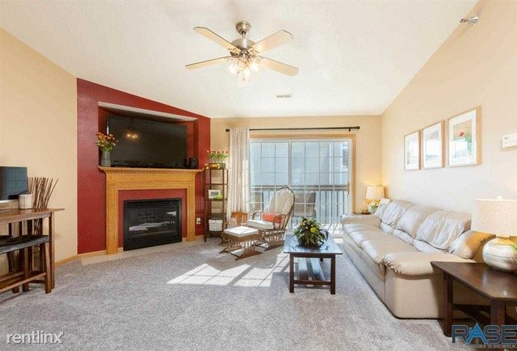 7450 S Louise Ave Unit 301, Sioux Falls, SD - $950