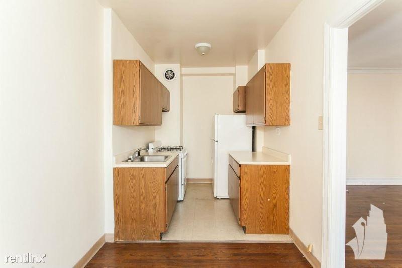 540 W BRIAR PL 2G,, Chicago, IL - $9,750