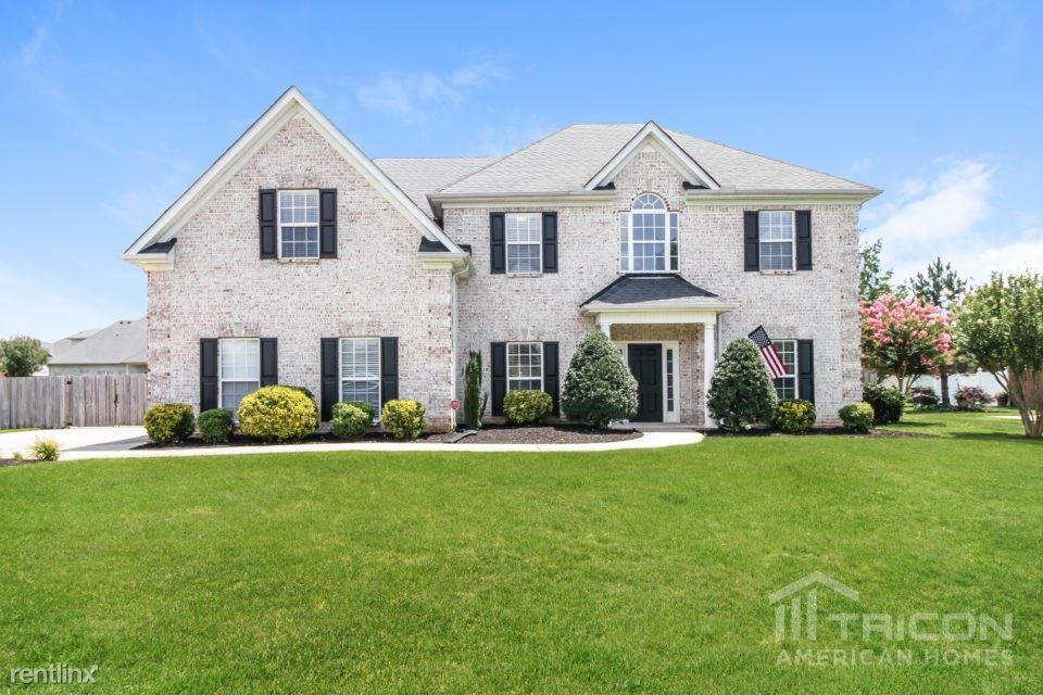 2638 James Edmon Court, Murfreesboro, TN - $2,699