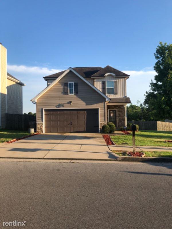 5025 Luker Ln, Antioch, TN - $1,675
