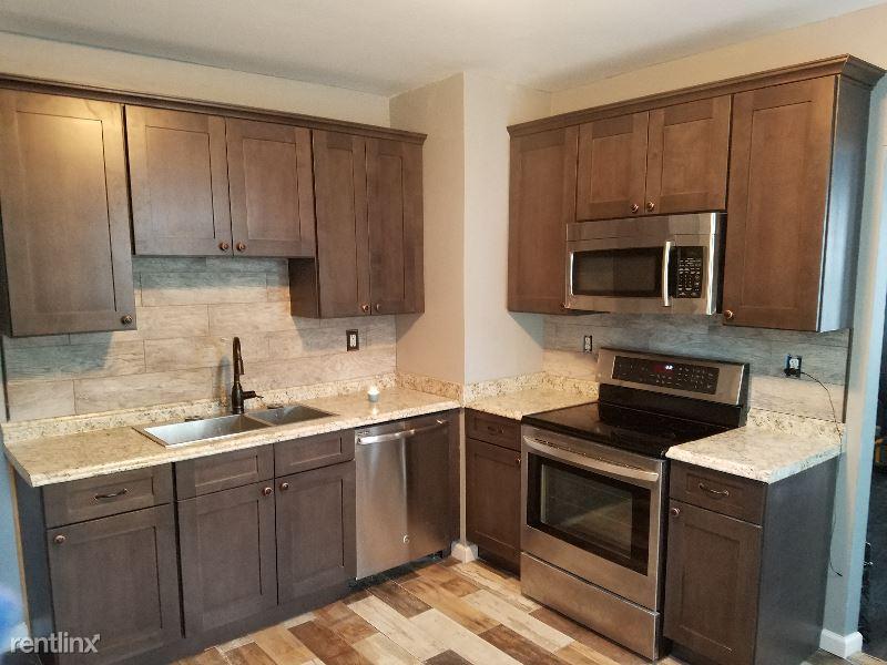 13 edgewood st, Springfield, MA - $1,600