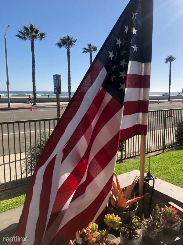 281 E Surfside Dr, Port Hueneme, CA - $2,900