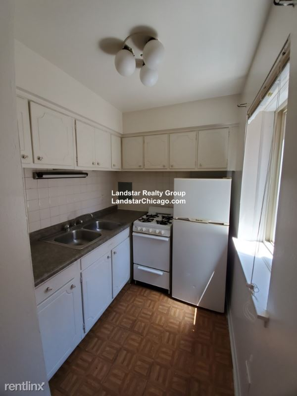 6128 N Kenmore Ave, Chicago, IL - $8,808