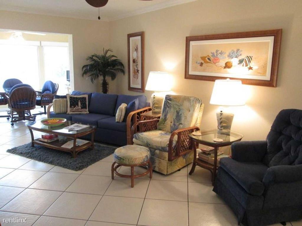 711 Beach Rd Apt 210, Siesta Key, FL - $4,000