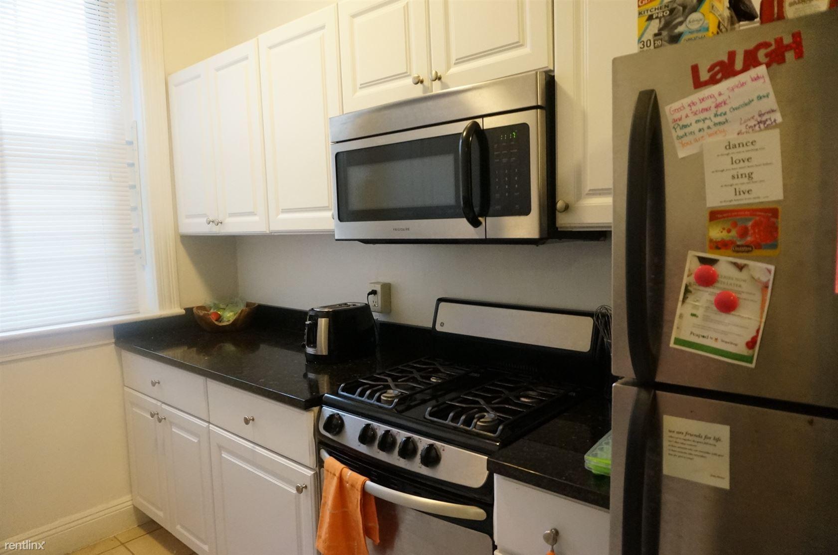 1848 Commonwealth Ave, Boston, MA - $2,450