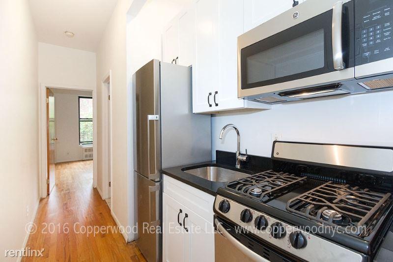 122 E 82nd St, New York, NY - $2,545
