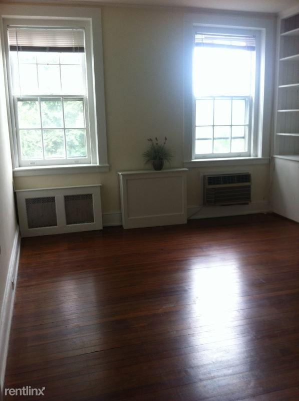 Purchase St. Rye, NY, Rye, NY - $2,500