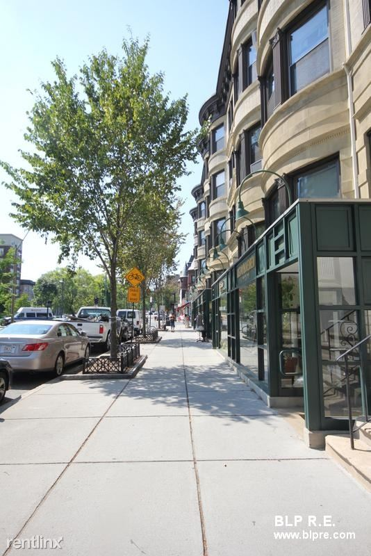 1382 Beacon St 2, Brookline, MA - $2,025