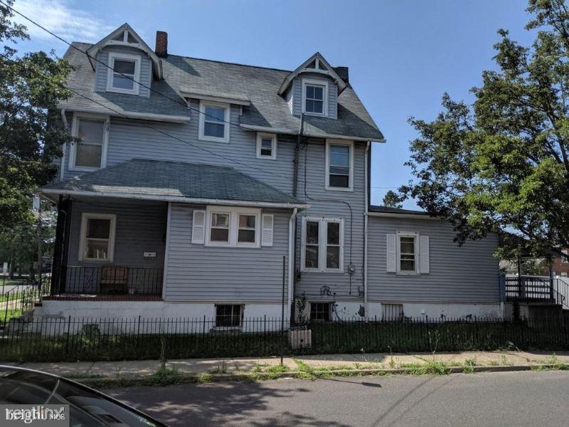 500 Locust Ave, Burlington, NJ - $1,600