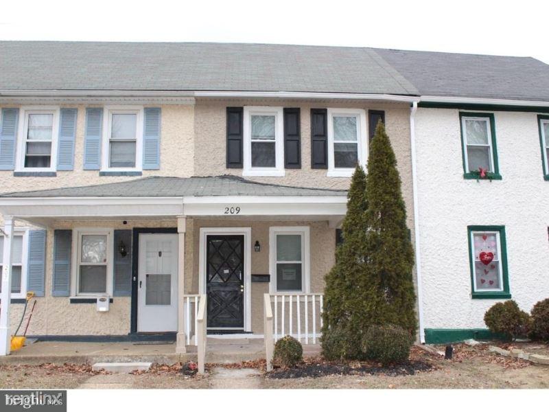209 New Jersey Rd, Brooklawn, NJ - $1,500