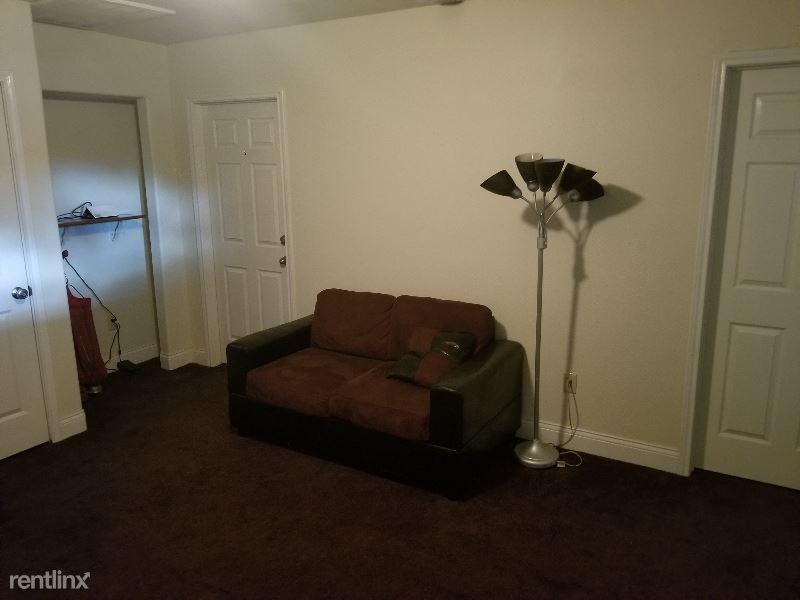 237 Old Business Hwy 290, PRAIRIE VIEW, TX - $525