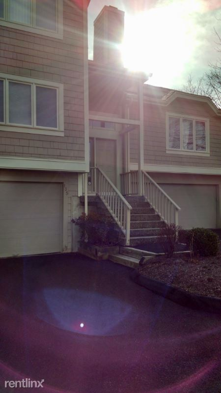 135 Lake Pl S, Danbury, CT - $2,550