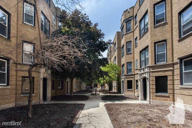 3912 N Pine Grove Ave 2, Chicago, IL - $7,600