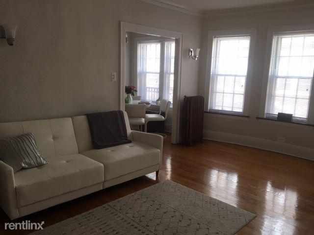 430 Linden ave, Wilmette, IL - $1,150