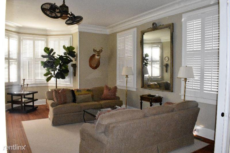 108 Queen Street Apt A, Charleston, SC - $5,000