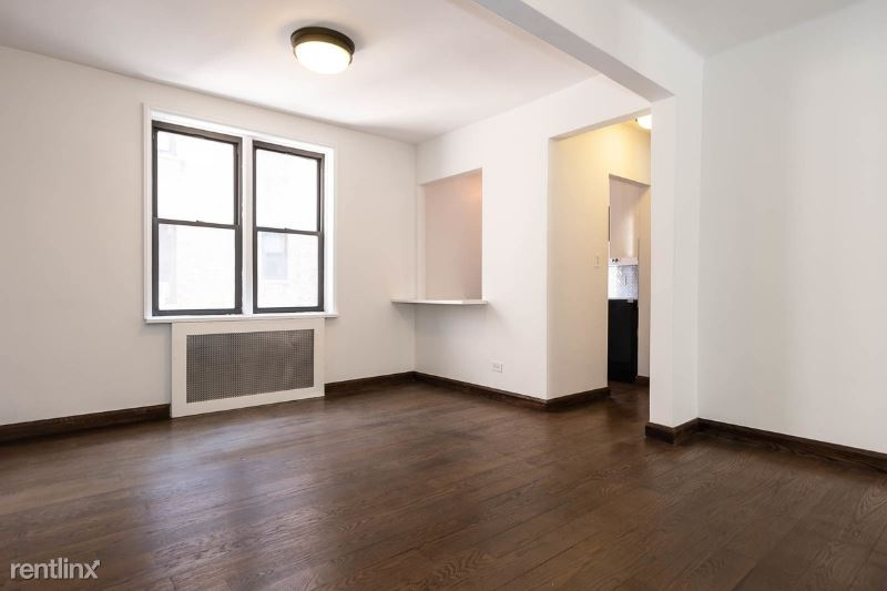 885 Tenth Avenue, manhattan, NY - $4,250
