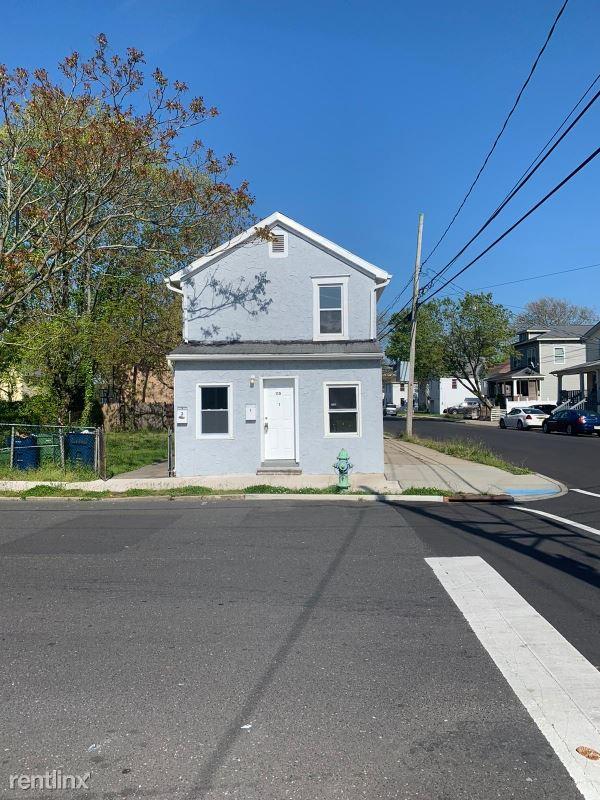 110 Borden Ave, Neptune, NJ - $1,650