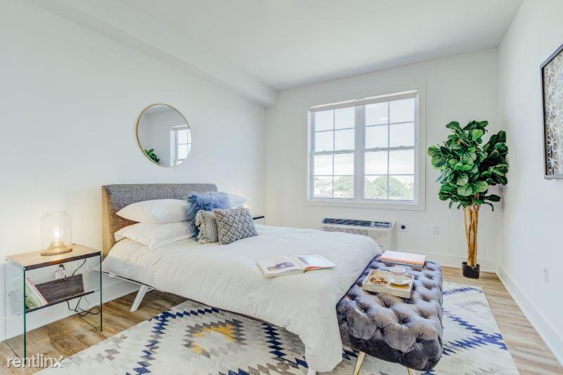 520 Cliff St, Fairview, NJ - $2,500