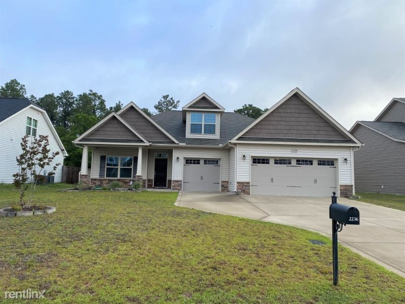 2236 Andalusian Dr, Hope Mills, NC - $1,700