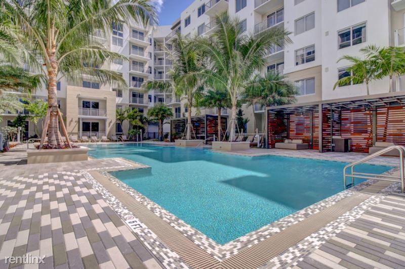 400 NE 3rd Ave, Fort Lauderdale, FL - $1,820