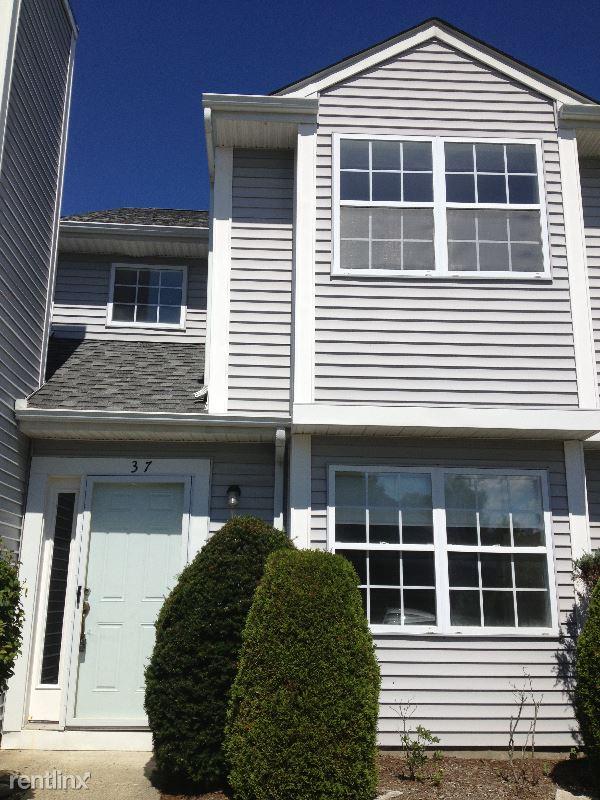 37 Spruce St, Pawling, NY - $2,300