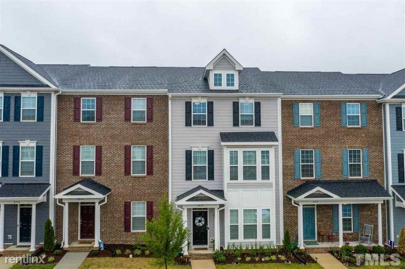 6014 Kayton St, Raleigh, NC - $1,900