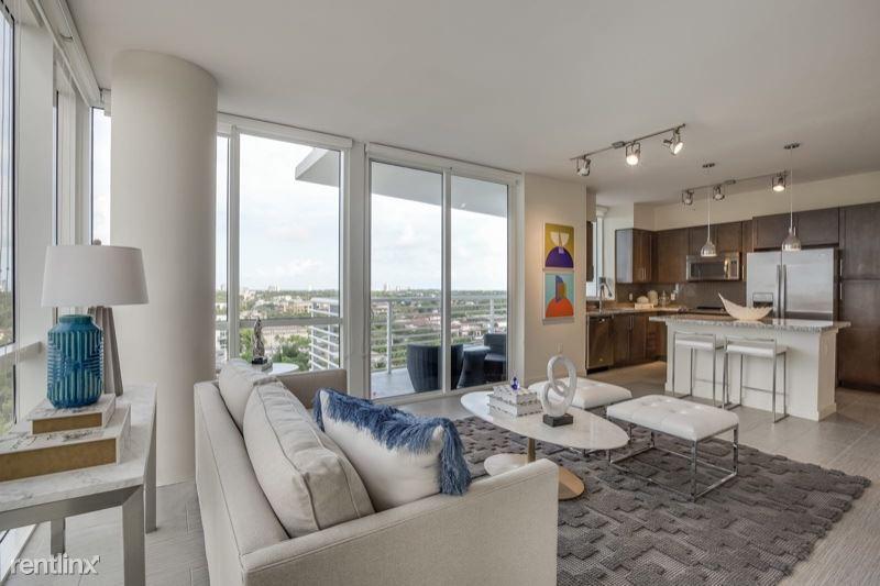 200 SE 8th Ave, Fort Lauderdale, FL - $5,767