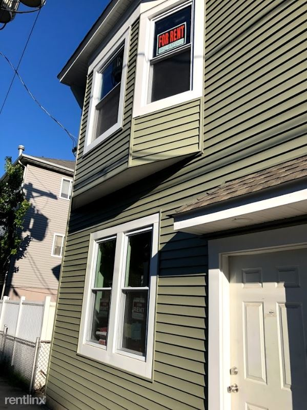435 William St 1st Flr, Harrison, NJ - $3,700
